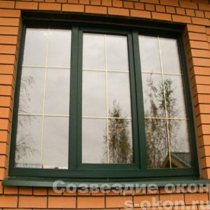 Фото ламинированного окна с раскладкой