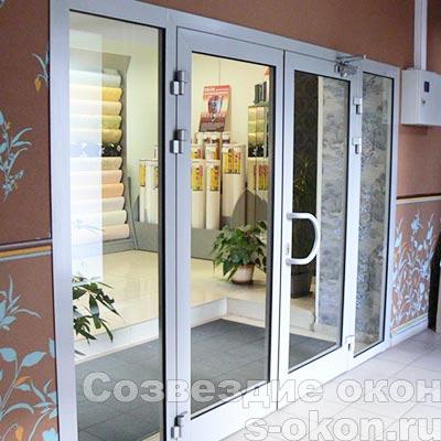 Пример дверной конструкции из алюминия
