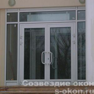 Входная ПВХ дверь