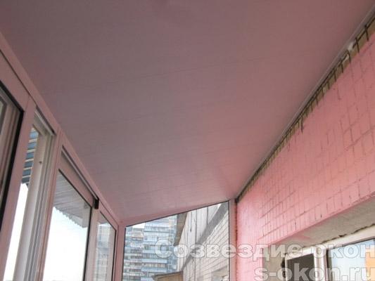 Остекление лоджий с крышей