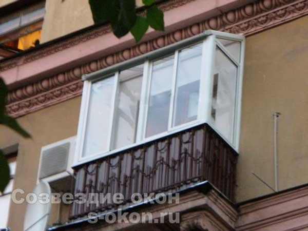 Застеклить балкон в сталинском доме