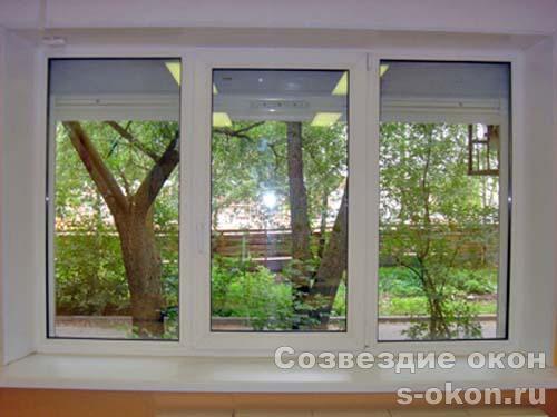Окно в кирпичном доме