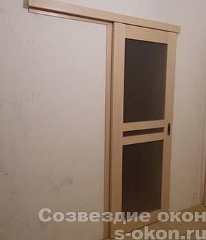Фото раздвижной одностворчатой двери