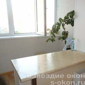 Фото кухни совмещенной с балконом