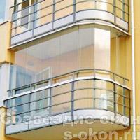Безрамные окна на балконе