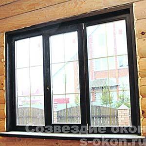 Черные окна в доме
