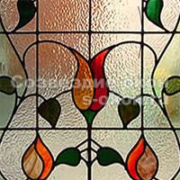 Окна с декоративными стеклопакетами могут быть декорированы витражами