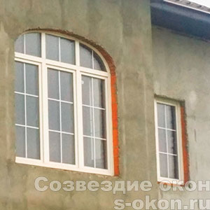 Окна аркой