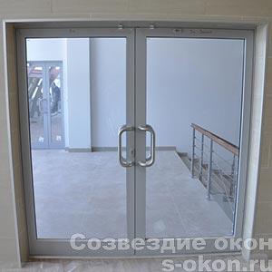 Фото межкомнатных алюминиевых дверей