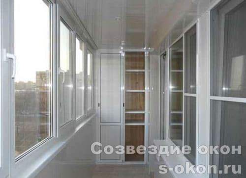 В панельном доме окно