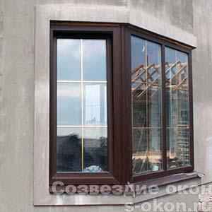 Вариант дизайна углового окна